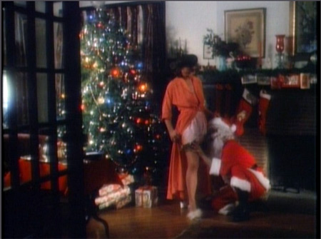 <em>I saw mommy humping Santa Claus</em>