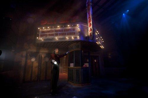 universal_theater