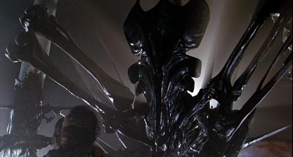 Aliens - Queen