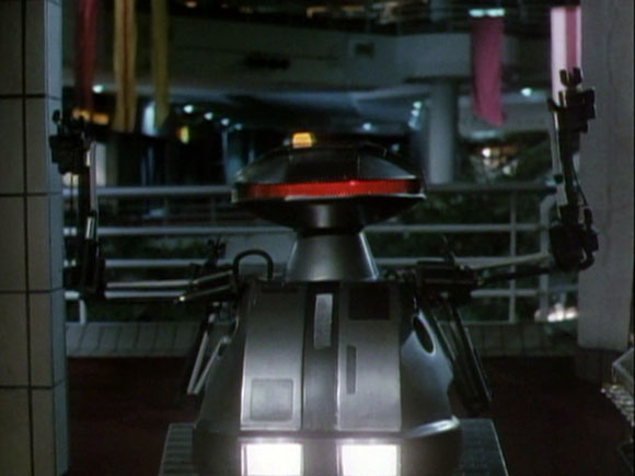 Chopping Mall Killbot