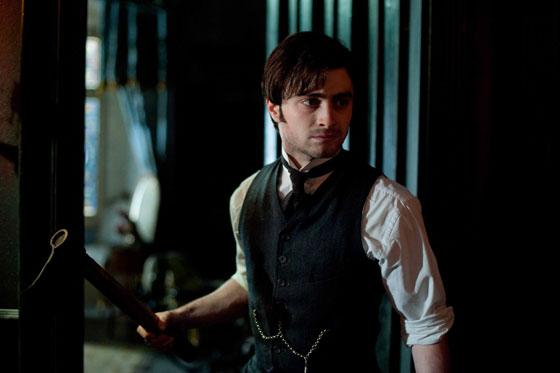 Daniel Radcliffe plays Arthur Kipps