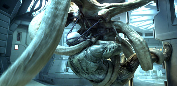 Prometheus - Engineer fights trilobite thing