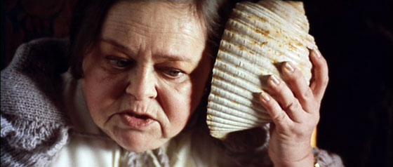 Zelda Rubinstein in Anguish