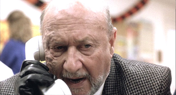 Donald Pleasence in Halloween 5