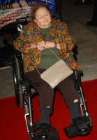 Zelda Rubinstein taken off life support